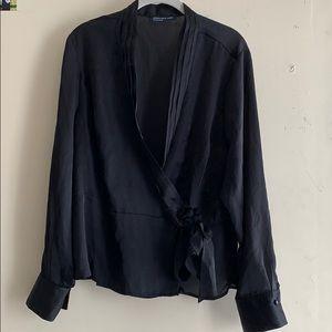 Jones New York wrap sleeve shirt